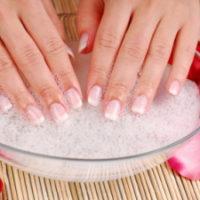 trattamento-manicure-mani-reggio-emilia